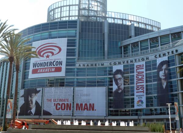 The #WonderCon and @NBCBlacklist banners are up and we're busy getting ready for the weekend! http://t.co/R0hHFT7696