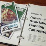Great presentation on City Planning Process with #community volunteers from all over #yyc Thx @fedyyc #rkhca http://t.co/oC8pXymoFj