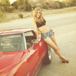 The year was 1973...#ThrowbackThursday #hollywood #geargirl http://t.co/7J75fNbz8C