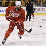 Report: Henrik Zetterberg will play limited minutes for #RedWings tonight http://t.co/ri7IyFbut0 http://t.co/pVrd7UG9fW