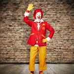 Ronald McDonald gets a new look. Ditches clown pants for cargos/blazer. Hip? or Desperate? #9newsmornings http://t.co/5K3xKH4sFS