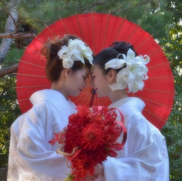 日本だって!!そんな思いでこの同性婚挙式パンフレットは作りました。京都ホテルグランヴィア、春光院、OUT ASIA TRAVEL と一緒に。。 http://t.co/t0kZDSTo8i