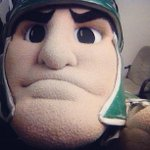 #TBT to that time Sparty took a #selfie. Pretty awesome. http://t.co/I3DEN1f2DG