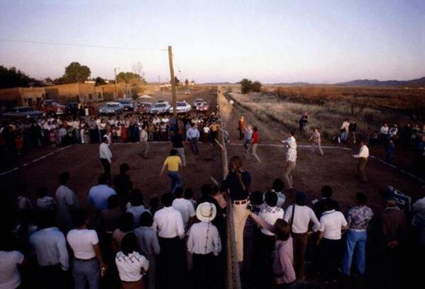 People playing volleyball, using the border between Mexico and the United States as a mesh. in 1986 http://t.co/xqgX20peAM