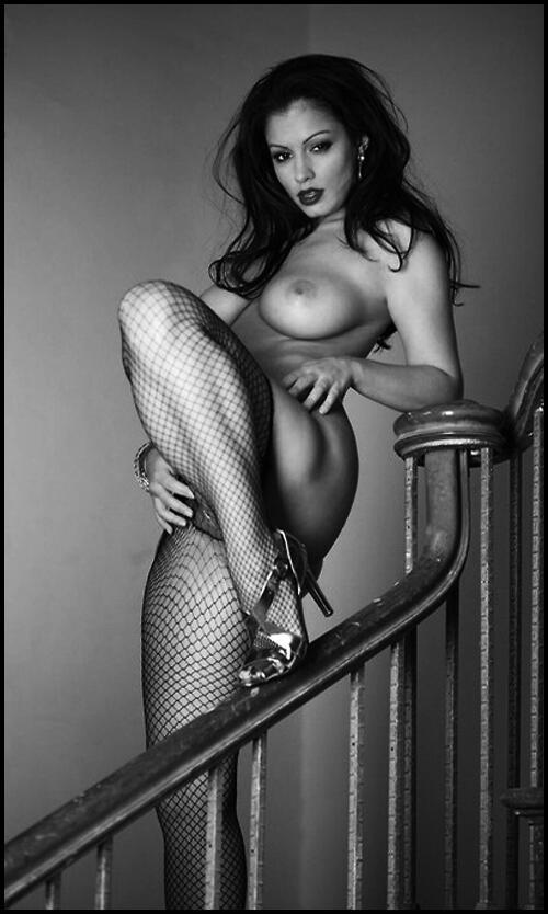 Mmmmmmmmm sexy http://t.co/DFM9uXwuS0