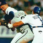 RT @TexasHumor: #TBT to when Robin Ventura learned that you dont mess with Texas (or Nolan Ryan) http://t.co/Wuaz9sKYJR
