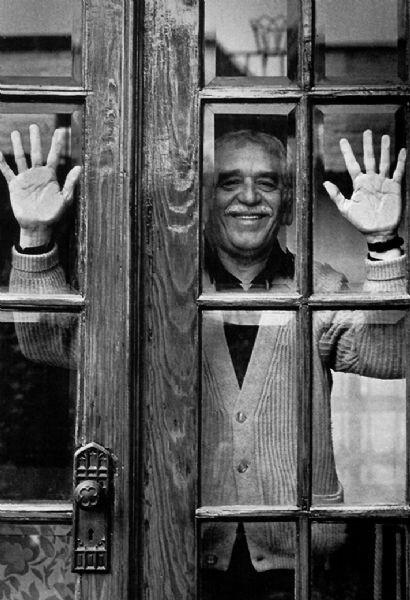adnCULTURA (@adnCULTURA): Nuestro homenaje a #GabrielGarciaMarquez http://t.co/Wr0IdRnCgK http://t.co/ryoT95fbBT
