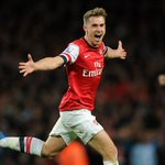 Congratulations @aaronramsey who has been nominated for the PFA Young Player of the Year award http://t.co/VPdMAXG96M
