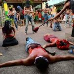 RT @Team_Inquirer: Filipino devotees re-enact crucifixion of Christ http://t.co/GVxRyy0cwL #GoodFriday #Philippines http://t.co/68uR5aJnTF
