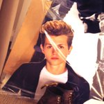 RT @TheVampsJames: I actually have a twin you know... Called Jeremy. #MeetTheVamily http://t.co/rUzDaDmQPb