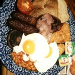 This is the large breakfast at the Bankers Draft pub #sheffieldissuper only £4.60 for all this! http://t.co/fRCyHXxLEx