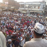 RT @arshi_yasin: R u seeing Modi wave anywhere? This is the pic of AKs Jansabha today in Varanasi. http://t.co/UysJmoWwxZ