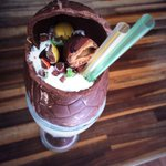 KINDER BUENO SHAKE Easter special available Saturday and Sunday http://t.co/wZXrGgfcGT