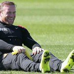 RT @OneLoveTo_MU: [PIC] Wayne Rooney. #TrainingSesion! http://t.co/lQwOORmla6