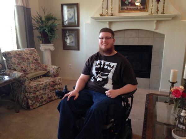 Coming up on #GMAZ you'll meet this amazing young man @AdamPepitone & why he wants to meet @blakeshelton http://t.co/K8Q1p8XALs