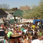 RT @RUfession: Until QuadFest looks like this again it will only be a thing of the past. http://t.co/b7boRTZ50w
