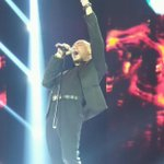 Closing performance from @HuseinIDOL8 sing Counting Stars by @OneRepublic on #IndonesianIdol2014, Perfect!!! :) http://t.co/IswLSxcTIQ