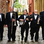 Join us tonight for River City Dixieland Band at 8pm! Enjoy dinner, drinks and dancing! #chs #prohibitionchs #chseats http://t.co/U6fYqjbxXD