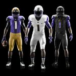 RT @UW_Football: The 2014 Washington Football uniforms: #BowDown http://t.co/nDpp8oB89b http://t.co/3qtpmSF3ZM