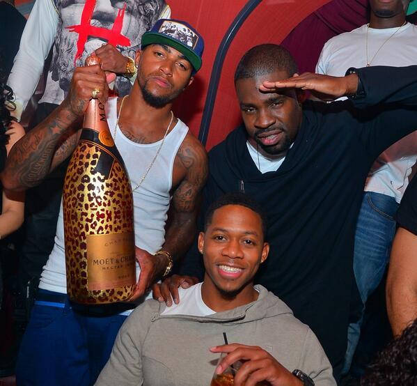 #moetluxuryleopard bottle at @HuxleyDC 20k --given to @DeSeanJackson11 by unnamed DC entrepreneur @MoetNectarRose http://t.co/OaVqeqCjpR