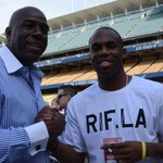 RT @MLB: The @Lakers and @Dodgers respect continues as @Jmeeks20 hangs with @MagicJohnson: http://t.co/a0QkvLsI2O