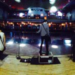 RT @5SOS: sound check (: Calum moved so he looks funny http://t.co/aNw6elhByR