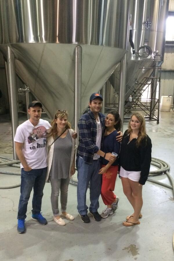 You never know who you'll run into at an Abita tour! #jackieandkelso #craftbeer http://t.co/wQYxa3047D