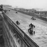 The rooftop test track on the Fiat factory in Turin, 1928 http://t.co/X4w8hIVi0H