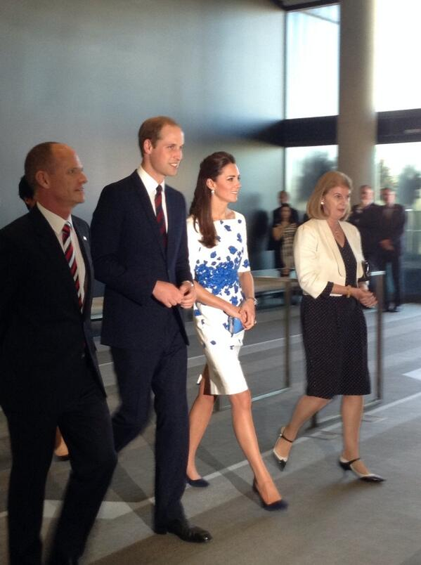 Duke and Duchess have arrived at the reception here in Brisbane http://t.co/JrgucfloS0