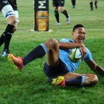 RT @NSWWaratahs: #WARvBUL | PIC @IzzyFolau wastes no time finding the try line after a four-week injury absence. Pic @ashknight1 http://t.co/vr20Fg3EVN