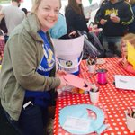 RT @chldfriendlybtn: @rockinghorse67 making Easter Bonnets with the kids @brightonfood #childrensfoodfestival #hove lawns today! http://t.co/GDyL0tLN5J