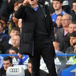 RT @AFP: .@chelseafcs Jose Mourinho suffers his first ever Premier League defeat at Stamford Bridge http://t.co/NDspXCrfVE http://t.co/OqlXhYoYul