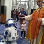 The inevitable outcome when you hold #AwesomeCon on #Easter weekend. (Thanks, @MsIsobel) #moSCIfi http://t.co/J8VUrJgBNL