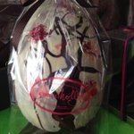 Hand painted #EasterEgg with edible glitter #hove #brighton #organic http://t.co/WIlkkDY280