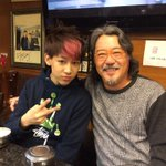 We had dinner together, cute little kid!! http://t.co/ZPTaSHWHo4