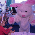 RT @7NewsBrisbane: The #Easter bunny has showered patients at the Mater Childrens Hospital with chocolate eggs http://t.co/q62o9HTGQw