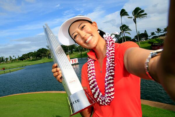 #LPGAWinnerSelfie with @themichellewie @LPGALOTTE http://t.co/ywJk7zz8My