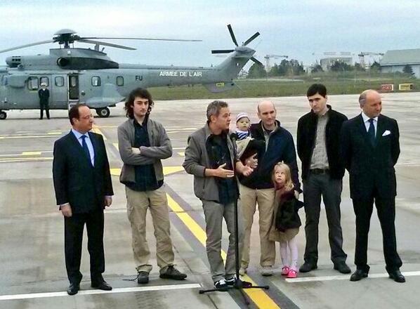 Didier Francois : 'il fallait être en #Syrie' ... Messieurs, les Syriens vous remercient !! #presse #media http://t.co/K0KCSiNkna