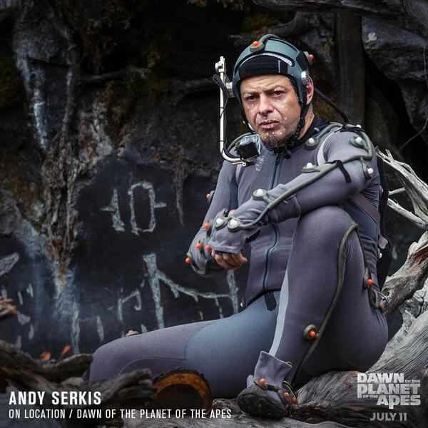 The man behind the ape revolution. Happy Birthday to @andyserkis! #DawnofApes http://t.co/jyGGspr7Il