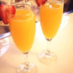 A toast to #Easter with bubbly Mimosas. #easterBrunch http://t.co/rdv7bOWhz8