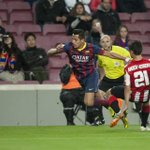 RT@barcastuff Picture: Alexis in the game against Athletic Bilbao http://t.co/ITMBoW8mzC [via @barcelonka_1899]