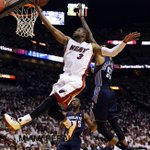 HEAT vs BOBCATS Wade helps Heat in 2nd qt @wade #wade #heat @miamiherald @nba #nab http://t.co/8jEReNlvWe http://t.co/bSw6ybvWEh