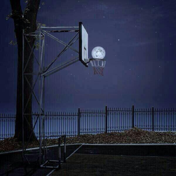 Triple Lunar http://t.co/5WD2rjNULY