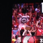 Frank the Bunny at this Rockets game RT @DannyMartinez4: What the http://t.co/SIV0oAYk3y