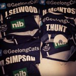 RT @GeelongCats: Suits of armour ready to go. #AFLCatsHawks http://t.co/lxxhkUXBfm
