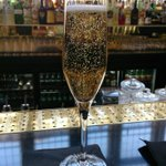 RT @GlassOfBubbly: Raising a glass of bubbly for Queen Elizabeth II today for her birthday!! http://t.co/azq1KlZNFB