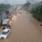 Flooding in front of KTM Serdang, please avoid Besraya if possible #kltu http://t.co/PpFCQZSav6