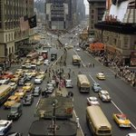 Traffic Around the Kiosks of Times Square, New York, 1958 | #NYC #NY http://t.co/u1zF2YWHGK