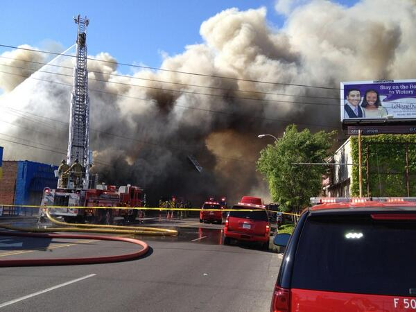 T-shirt shop in heart of Univ. of Memphis area on fire. Photo by Melissa Pierce. More on @ActionNews5 at 10. http://t.co/quikiFOaOb