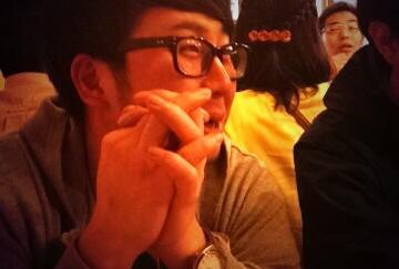 昨夜は上野で素人芸人決起会やりました。 ということで5.10(sat)は中目黒solfaにCadenza等からリリースを重ねるTakuya Yamashita氏を招聘! シンプルにたのしいパーティにするので、皆様遊びにきてね〜 http://t.co/enSIuiU7KP